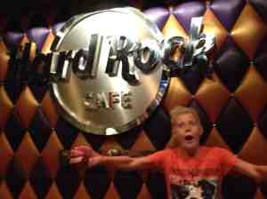 Sa jeg Hard Rock Cafe Budapest?